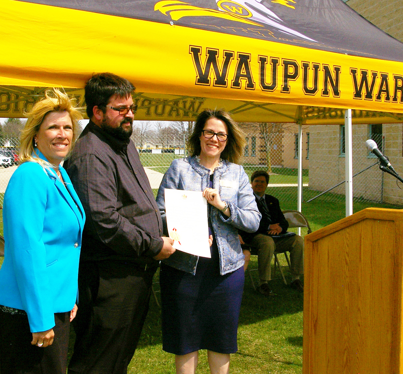 $25,000 grant awarded to the Warrior Innovation Center.